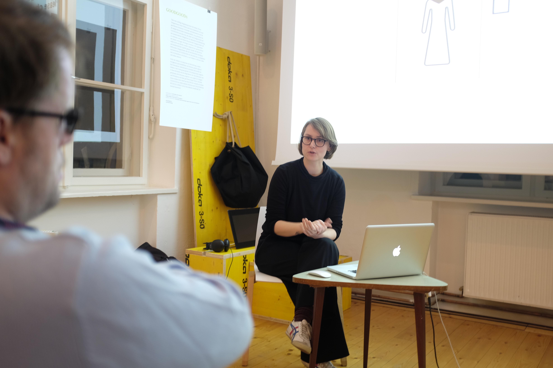 Nudelsuppe mit Würstel #4 – Anne Hofmann